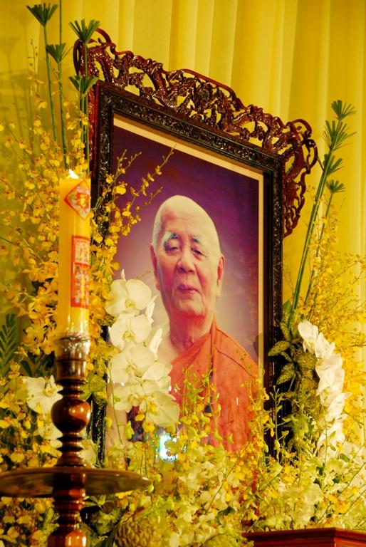 Tang Le HT. Thich Minh Chau (20)