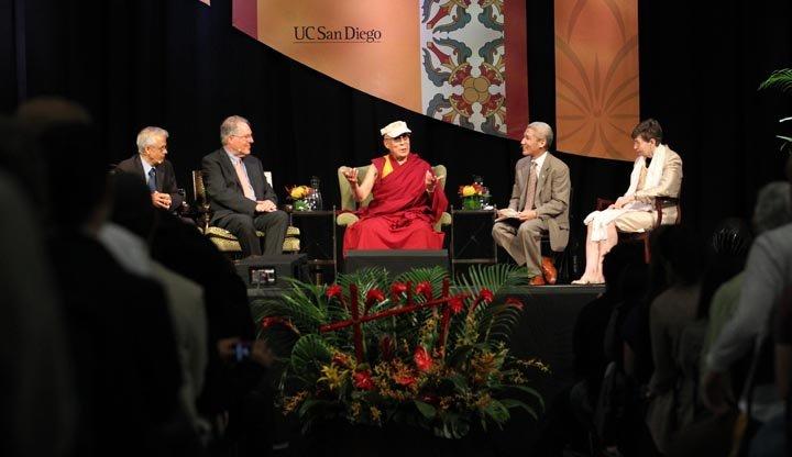 dalailama-ucsd-07