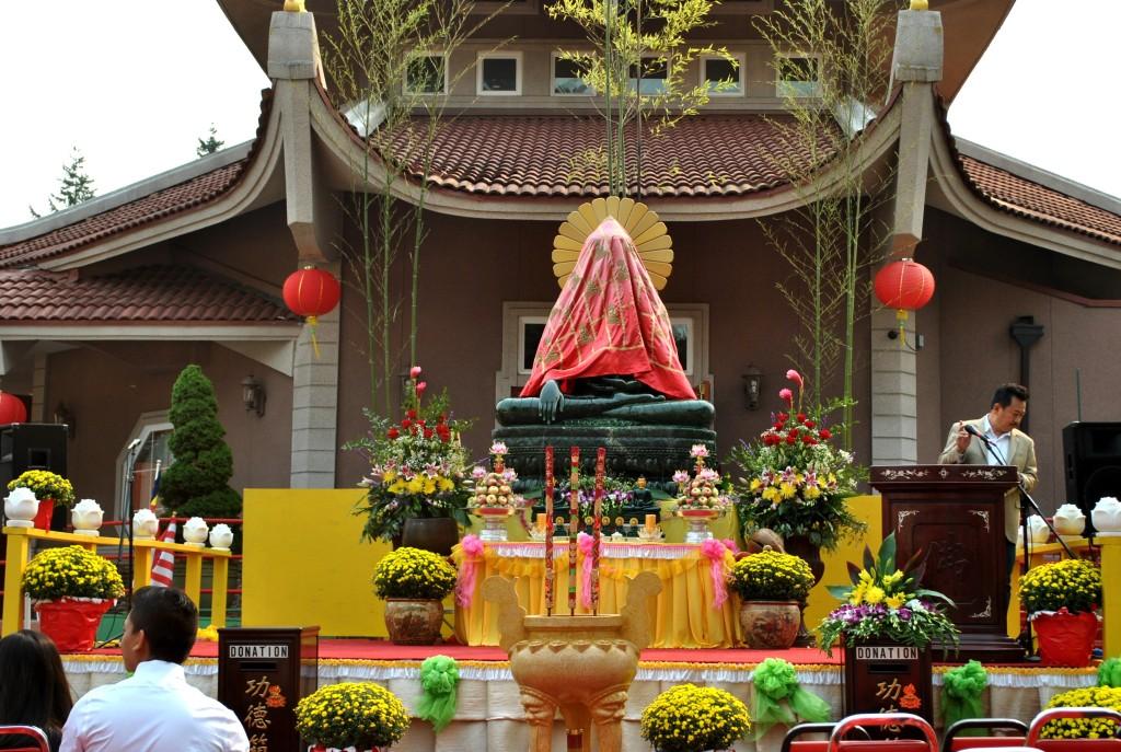 Aug 22 - 2015, Ngay Khai Mac Phat Ngoc 2015 (1)