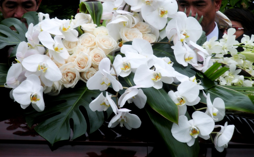 Funeral's Flowers 2010 (2)