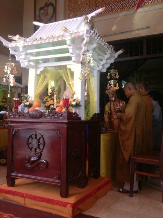Chua Phap Dat 2011 (9)