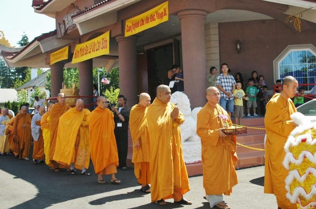 Le Vu Lan tai Tinh Xa Ngoc Son 2014 (5)