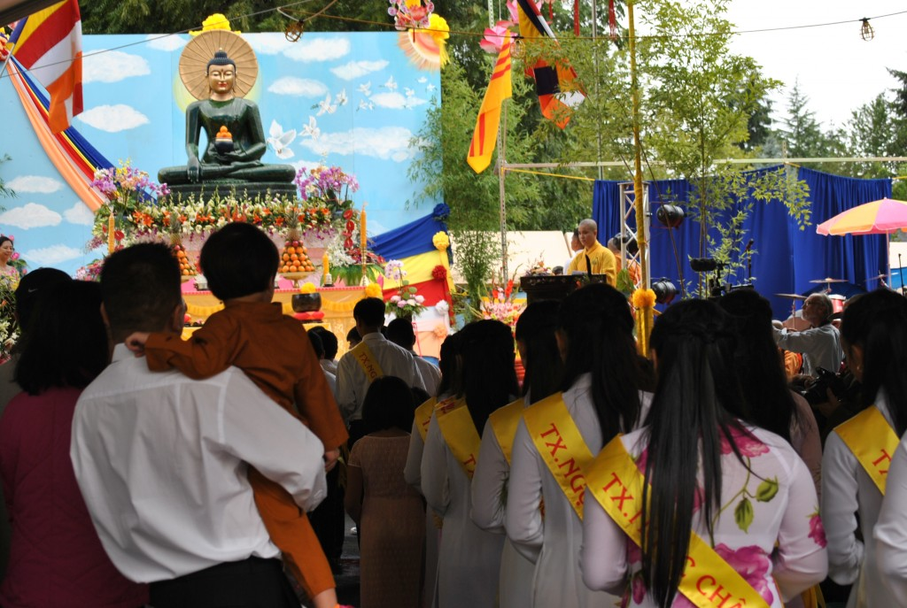 Ngay Khai Mac Phat Ngoc in OR 2014 (8)