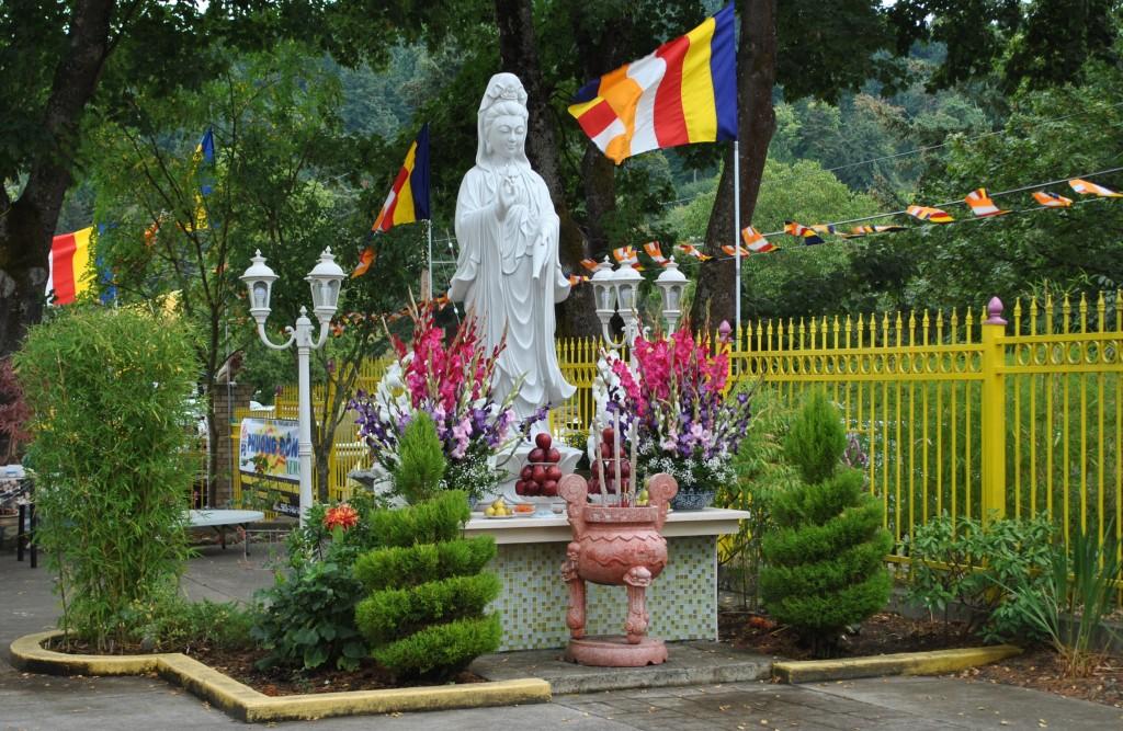 Phat Ngoc in (1a) (2)