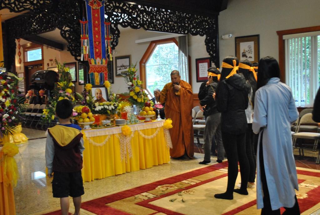 Le Cau Nguyen va Nhap Liem Ty Kheo Ni Thich Nu Lien Buu Nov 1 - 2014 (17)