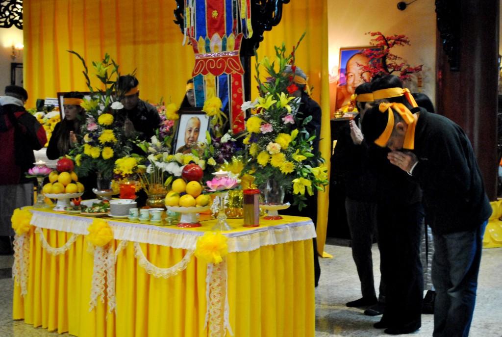 Le Cau Nguyen va Nhap Liem Ty Kheo Ni Thich Nu Lien Buu Nov 1 - 2014 (6)